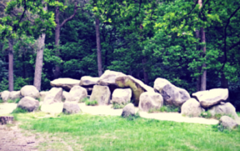 Dancing for the dolmen